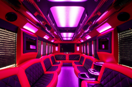 Party bus hiring: a new trend among youngsters these days in Oakville